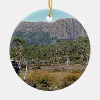 La voie sur terre de la Tasmanie Ornement Rond En Céramique