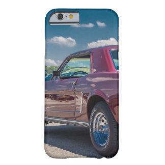 La voiture folâtre le métal rouge de vitesses de coque iPhone 6 barely there