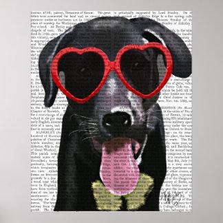 Labrador noir avec des lunettes de soleil de coeur poster