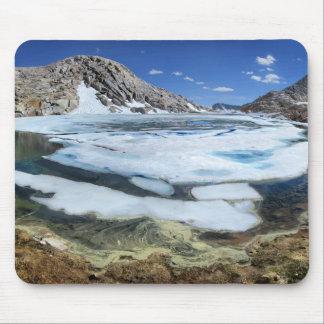 Lac congelé bear blanc - sierra tapis de souris