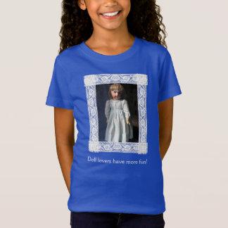 Lacez le T-shirt antique vue r de poupée de Belton