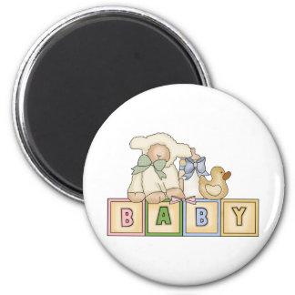 L'agneau de bébé bloque l'aimant magnet rond 8 cm