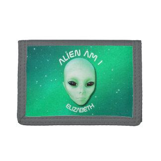 L'alien suis moi verdissent le visage étranger