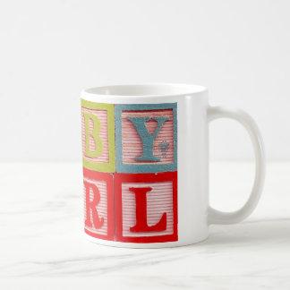L'alphabet bloque la tasse de bébé