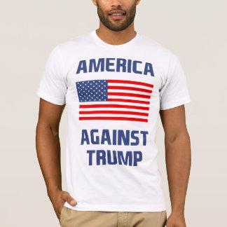 L'Amérique contre l'atout T-shirt