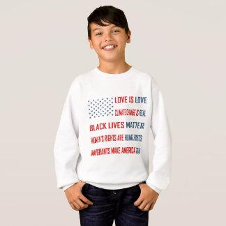 L'amour est le sweatshirt du garçon d'amour