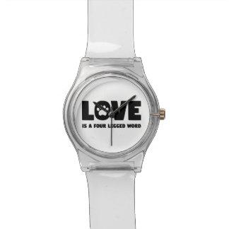L'amour est un mot quatre à jambes montre