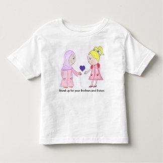 L'amour et l'amitié guérissent le monde t-shirt pour les tous petits