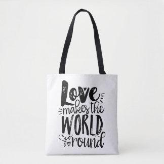 L'amour fait le monde aller autour du sac