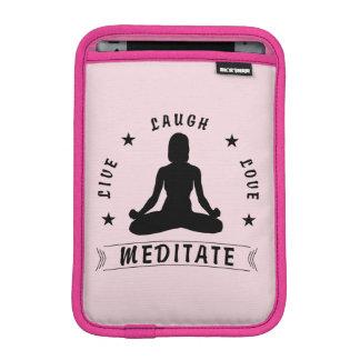 L'amour vivant de rire méditent le texte femelle housse pour iPad mini