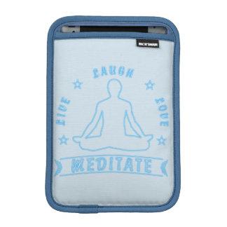 L'amour vivant de rire méditent le texte masculin housse iPad mini