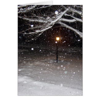 Lampadaire dans le carte pour notes de neige