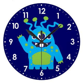 L'amusement badine le bleu étranger, horloge