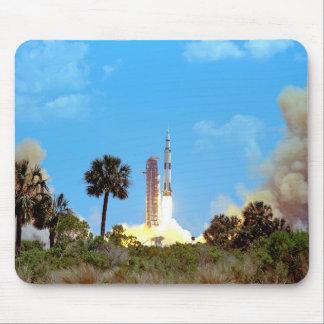 Lancement d Apollo 16 Tapis De Souris