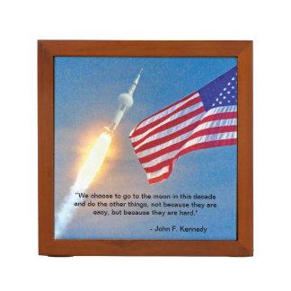 Lancement d'Apollo 11 avec le drapeau américain