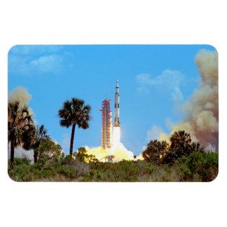 Lancement d'Apollo 16 Magnets Souples