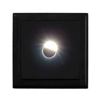 L'anneau de l'éclipse 2017 solaire boîte à souvenirs