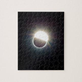 L'anneau de l'éclipse 2017 solaire puzzle