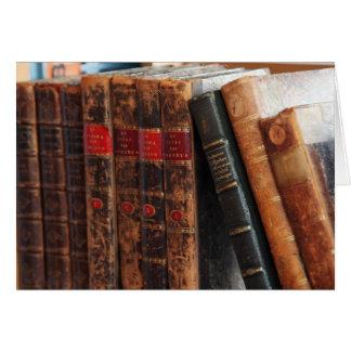 L'antiquité rustique réserve des cartes pour notes
