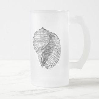 L'antiquité vintage de coquillage écosse le modèle mug en verre givré