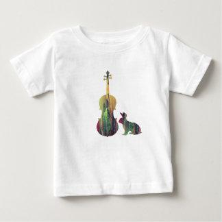 Lapin avec l'art d'alto t-shirt pour bébé