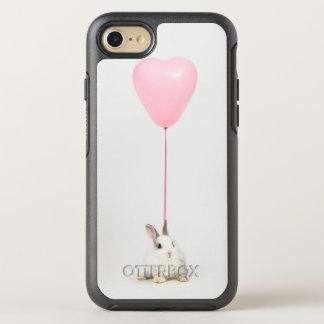 Lapin avec le ballon rose coque OtterBox symmetry iPhone 8/7