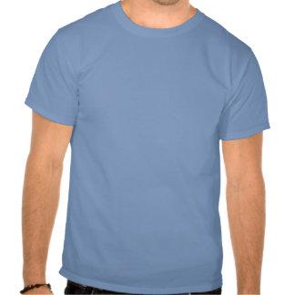 Lapin dans tour de magie de chapeau t-shirts