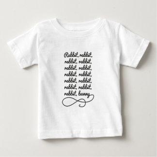 Lapin de lapin de lapin… t-shirt pour bébé