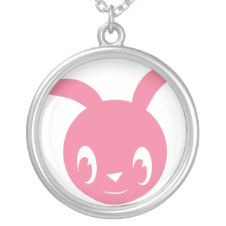 Lapin heureux rose collier