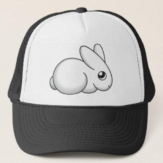 Lapin timide mignon casquette