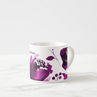 L'aquarelle florale pourpre fleurit la coutume tasse expresso