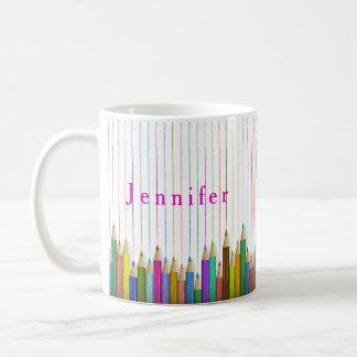 L'art coloré crayonne la tasse faite sur commande