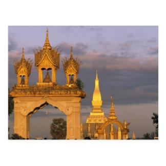L'Asie, les Laotiens, Vientiane. Ce temple de Carte Postale