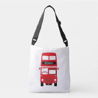 L'autobus rouge de Londres croisent plus de le sac