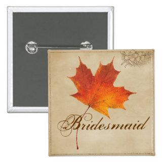 L'automne orange d'automne dans l'amour laisse la badges