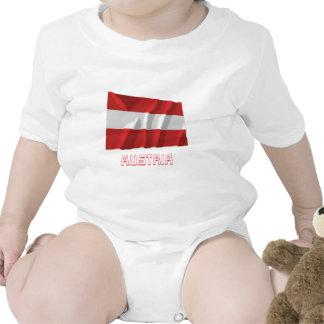 L'Autriche ondulant le drapeau civil avec le nom Bodies Pour Bébé