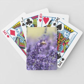 Lavande de ressort avec floral pourpre d'abeilles jeu de cartes
