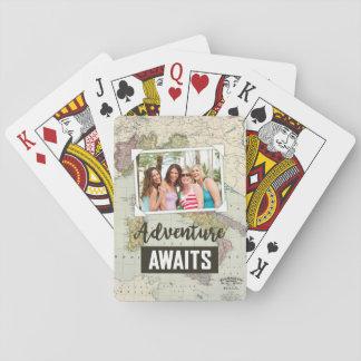 L'aventure attend le téléchargement de la carte | cartes à jouer
