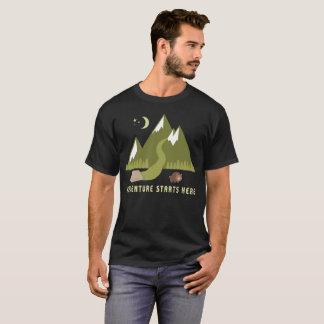 L'aventure de randonnée de camping commence ici t-shirt