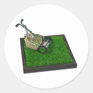LawnmowerOnTheGrass100711 Sticker Rond