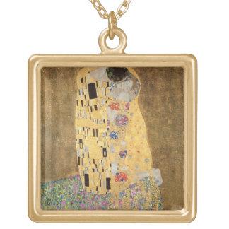 Le baiser, 1907-08 collier plaqué or
