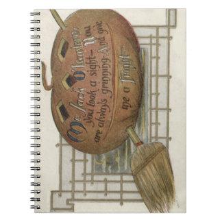 Le balai de sorcière de citrouille de lanterne de carnets à spirale