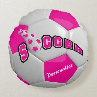 Le ballon de football rose | personnalisent coussins ronds