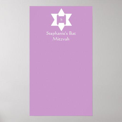 Le bat mitzvah signent dedans l'affiche de conseil
