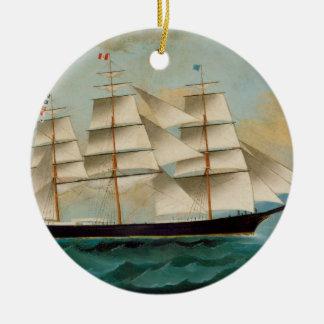 Le bateau Fleetwing, baie de Hong Kong Ornement Rond En Céramique