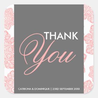 Le batik rose et gris fleurit l'autocollant de sticker carré