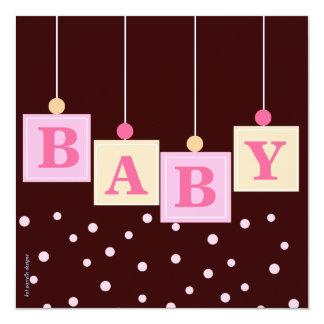 Le BÉBÉ bloque le baby shower rose de fille Carton D'invitation 13,33 Cm