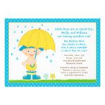 Le bébé de parapluie arrosent le bleu de douche po