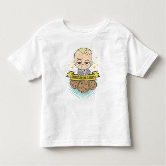 Le bébé et les biscuits du bébé   de patron sont t-shirt pour les tous petits
