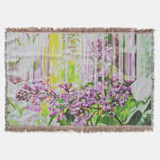 Le blanc a lavé la couverture lilas peinte de jet
